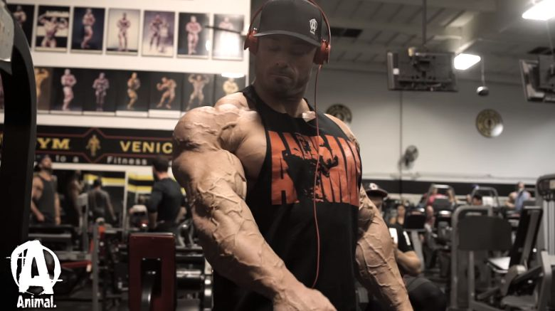 Posing Frank McGrath Bodybuilding