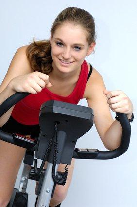 Formen von Ausdauertraining im Fitness Studio