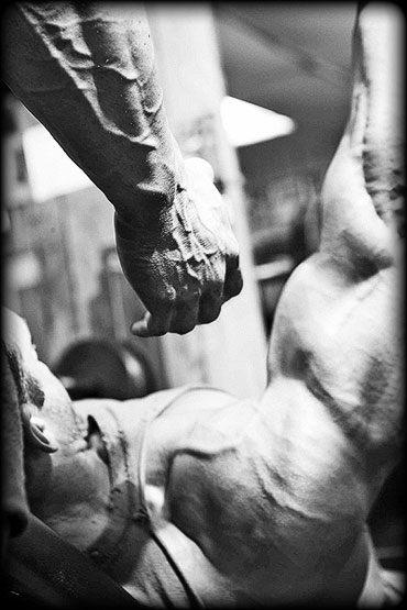 Muskelaufbau durch Erhöhung der Hormonwerte